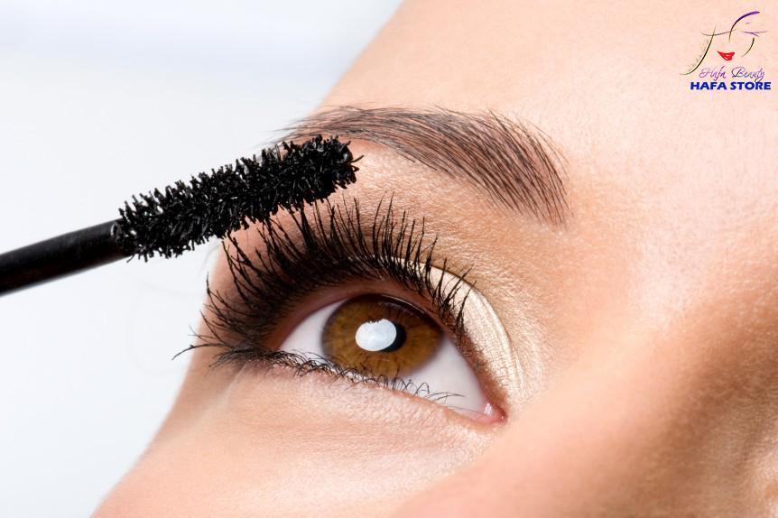 Depositphotos_4093943_original-makeup-862x574.jpg