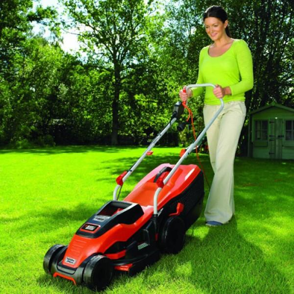 Black and Decker 1400W Edge-Max Lawn Mower with 34cm Cut- 40L Box EMAX34S-GB-002-600x600-0.jpg