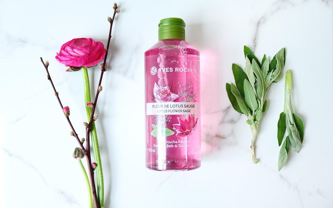 Kết quả hình ảnh cho Yves Rocher Relaxing Bath and Shower Gel Lotus Flower Sage 400ml