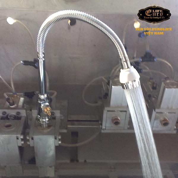 Vòi rửa chén lạnh cần lò xo Eurolife EL-T012-2.jpg