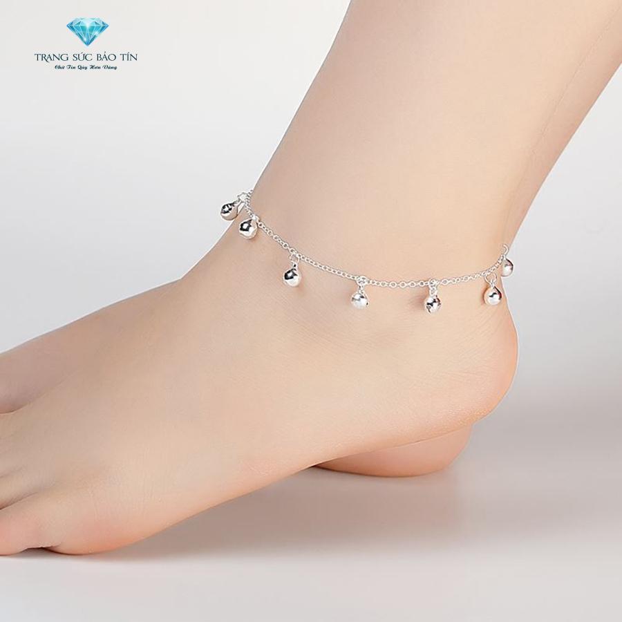lắc chân nữ đẹp