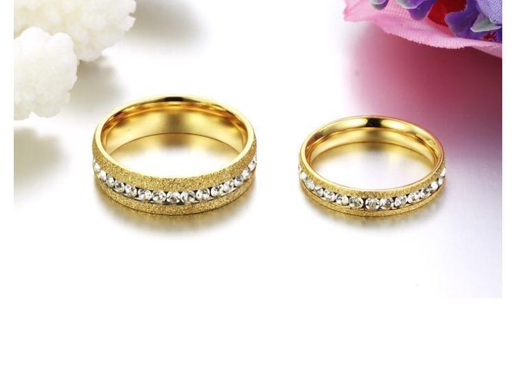 Nhẫn cặp đôi titan mạ vàng đính đá rẻ đẹp NC5619 (6).jpg
