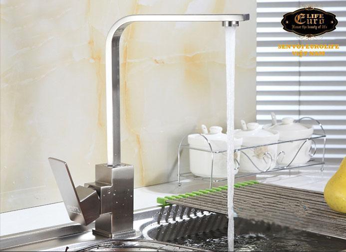 Vòi rửa chén nóng lạnh Inox SUS 304 Eurolife EL-T002 (Trắng vàng)-5.jpg