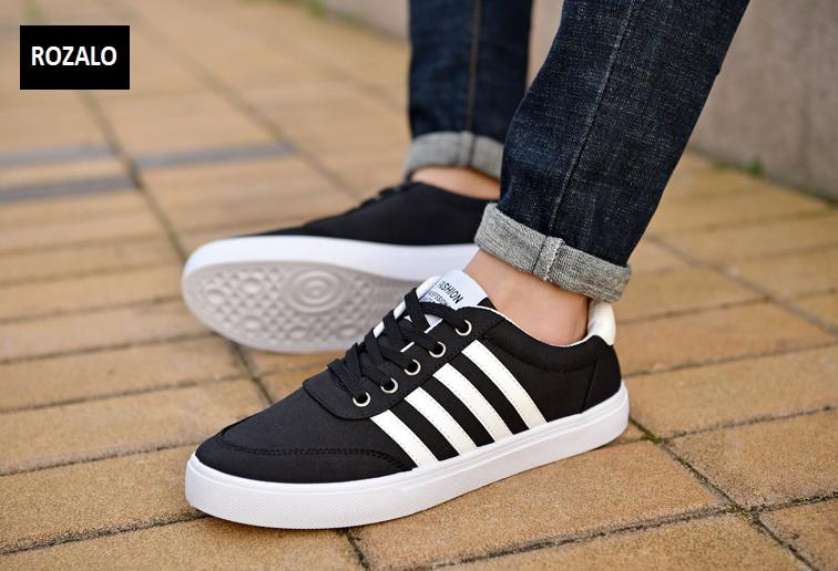 Giày vải nam đế bằng thoáng khí Rozalo RM49628B-Đen4.png