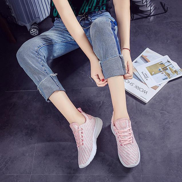 Giày sneaker thời trang nữ Rozalo RW42301P-Hồng1.png