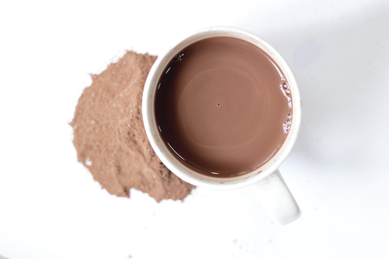 bot-sua-dua-bot-kem-cacao-sua-dua-hoa-tan-green-d-food
