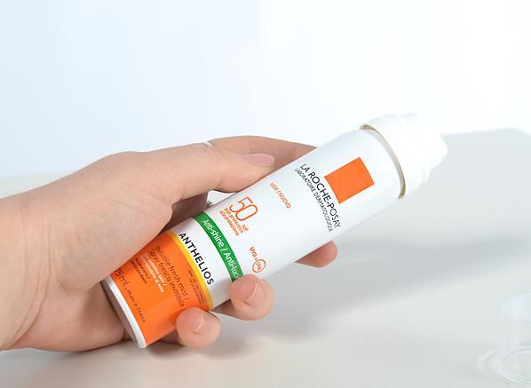 xcnLa-Roche-Posay-Anti-Shine-SPF-50-Mist.png