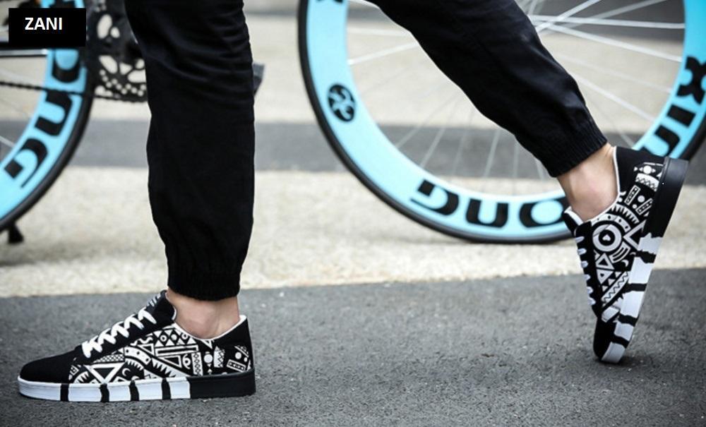 giay-sneaker-thoi-trang-nam-in-hoat-tiet-ZANI ZN5662D-Đen (11).jpg