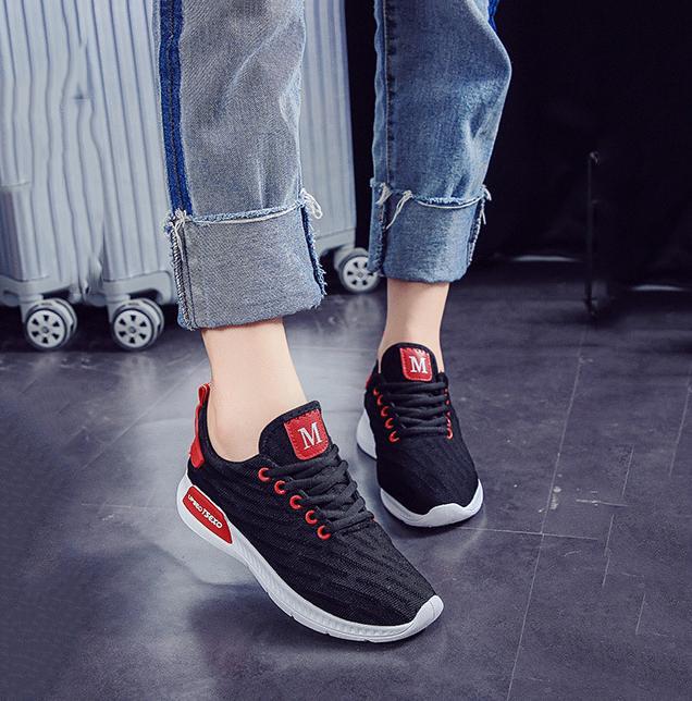 Giày sneaker thời trang nữ Rozalo RW42301B-Đen1.png