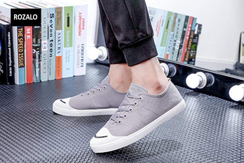 Giày vải  nam mũi bọc cao su dẻo vải chống mài mòn Rozalo RM56658 15.png