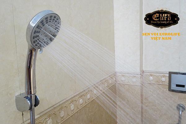 Bộ tay dây sen 5 chế độ nước chảy Eurolife EL-101SH-3.jpg