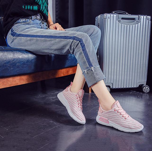 Giày sneaker thời trang nữ Rozalo RW42301P-Hồng2.png