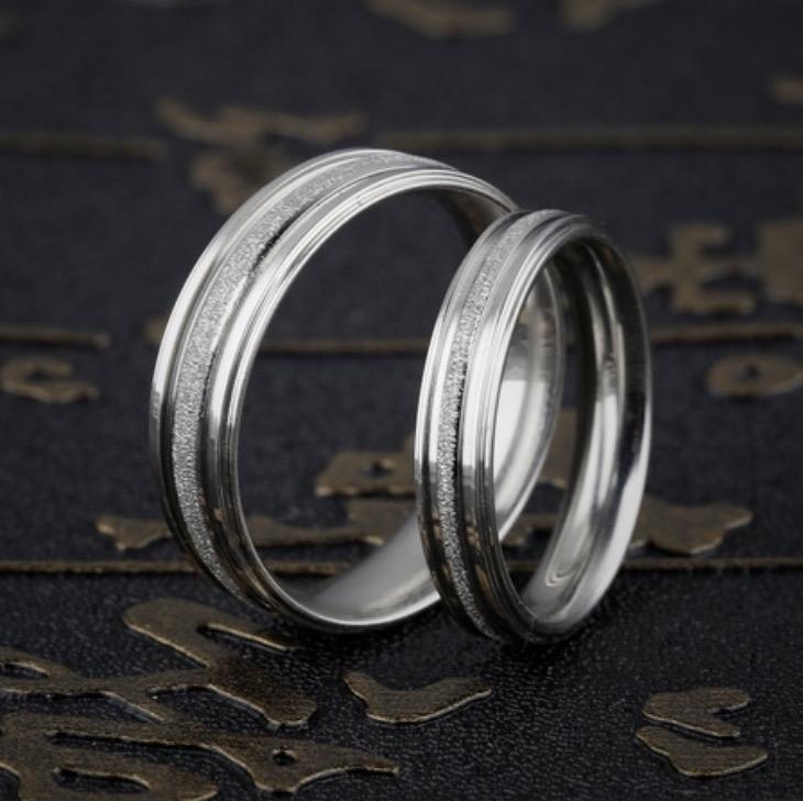 Nhẫn cặp đôi trơn phun cát màu trắng đơn giản NC5644 (5).jpg