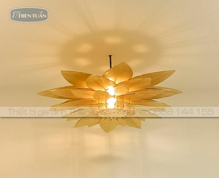 Wooden lamp-hoa sen-6.jpg