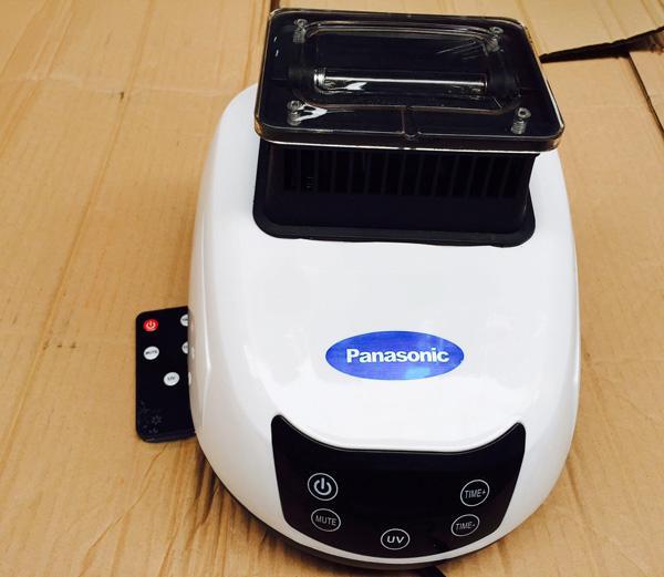 May-say-quan-ao-Panasonic-882f-uv-3-che-do-say.jpg