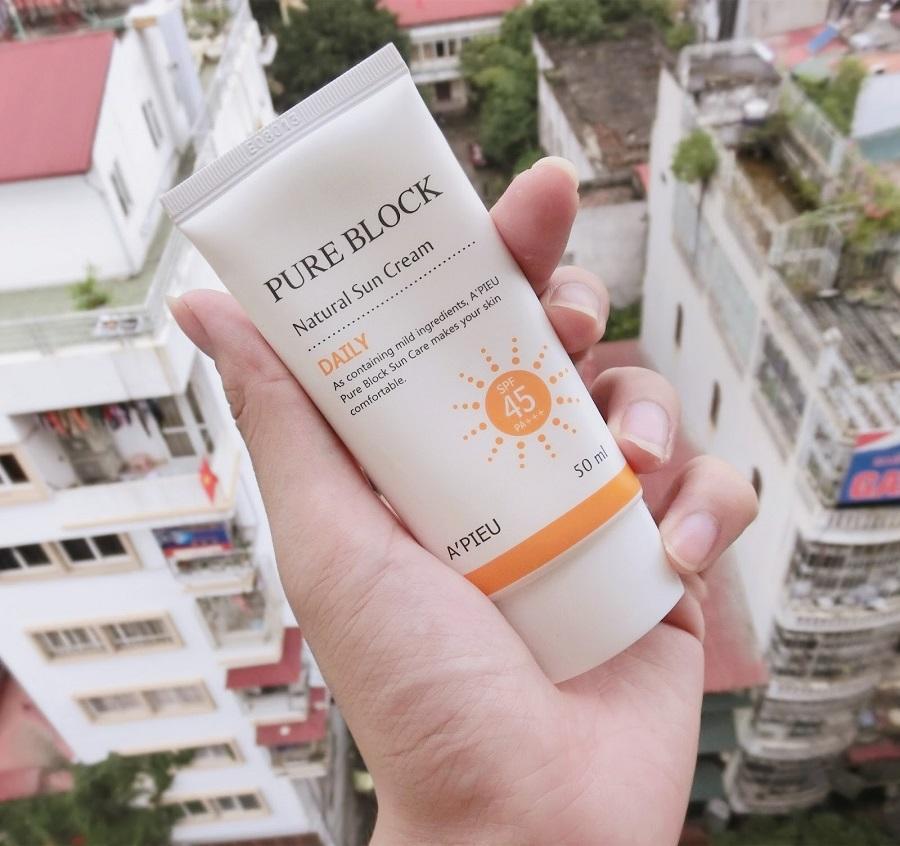 a'pieu pure block natural sun cream