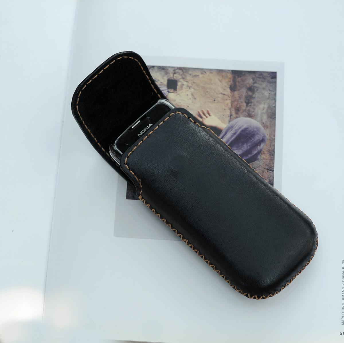 Bao da bò cho điện thoại Nokia 8800 màu đen  - Bao da handmade DT824
