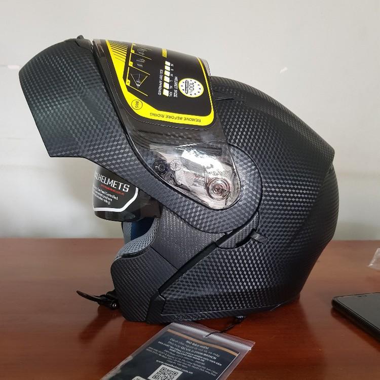 Nón bảo hiểm Fullface lật hàm 2 kính Royal M179 đen vân Carbon thiết kế đẳng cấp sang trọng an toàn bảo vệ tối đa