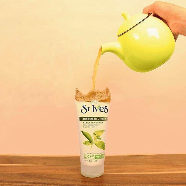 Kết quả hình ảnh cho ST.Ives Blackhead Clearing Green Tea Scrub