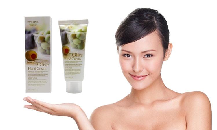 Kết quả hình ảnh cho 3W Clinic Olive Hand Cream