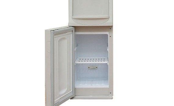 Máy nước nóng lạnh Aqua AWD-M25HC có ngăn chứa