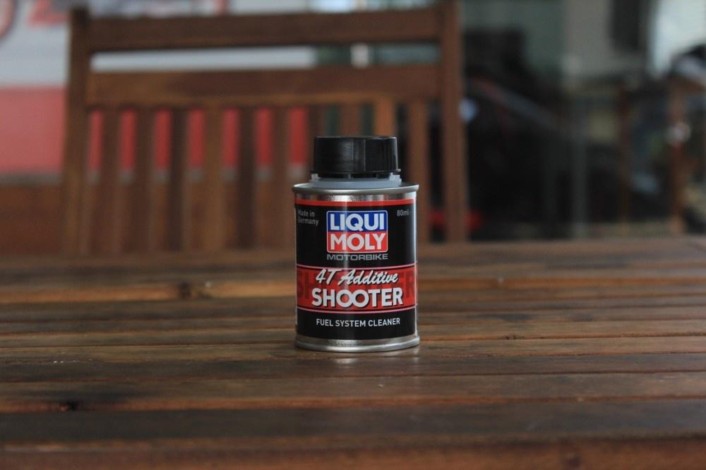 Vệ sinh buồng đốt liqui moly 4t additive shooter - 1