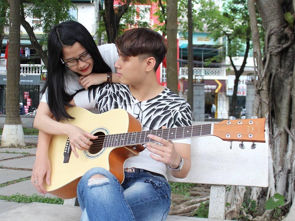 photo 04 - agraven Guitar Acoustic Morrison cho ngi mi tp chi_zpsc1wst1yq.jpg