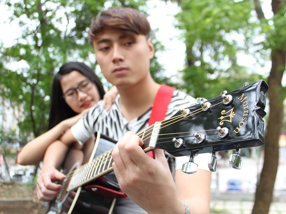 photo 08 - agraven Guitar Acoustic Morrison cho ngi mi tp chi_zpsdta7yxbt.jpg
