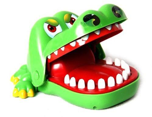 Đồ chơi khám răng cá sấu - Vui nhộn, hồi hộp 3