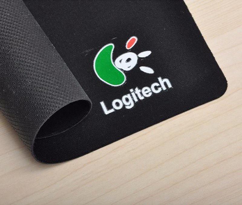 Lót chuột Logitech 1