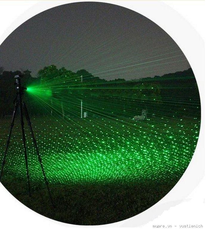 Kết quả hình ảnh cho Đèn pin chiếu tia laser YL 303