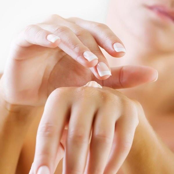 Kết quả hình ảnh cho 3W Clinic Snail Hand Cream