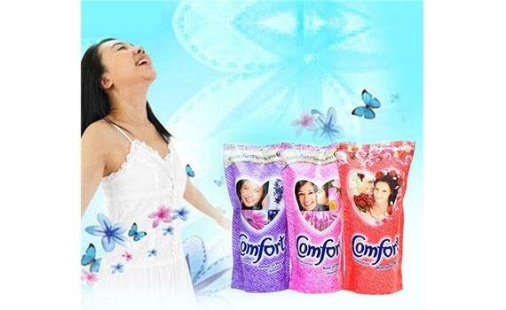 Nước xả Comfort Thái Lan Hồng 600ML cho hương thơm đam mê