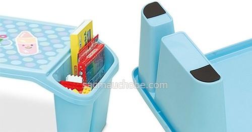 Bàn nhựa cho bé màu xanh Iseto giá rẻ bán tại Colorful Shop