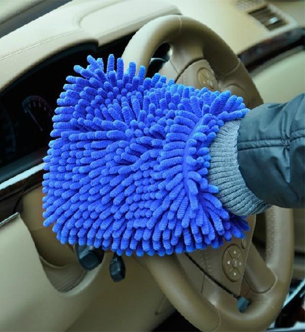 găng tay rửa xe cho ô tô