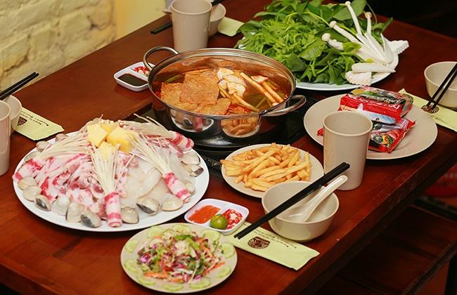Set lẩu Thái Tom Yum + Hoa quả cho 4 người - Nhà hàng Nghiện Lẩu