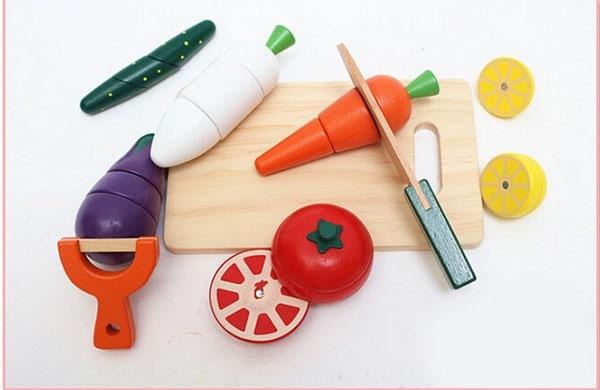 Bộ đồ chơi gỗ cắt hoa quả nam châm WOODY PUDDY NHẬT 6