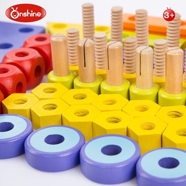 Bàn chơi dụng cụ lắp ráp bằng gỗ 3